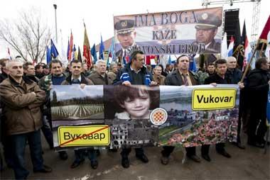 Prosvjed protiv ćirilice u Vukovaru